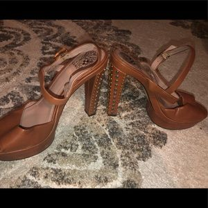 Vince Camuto sandals with gemstones heel